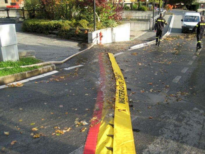 Sistema water gate antiruscellamento